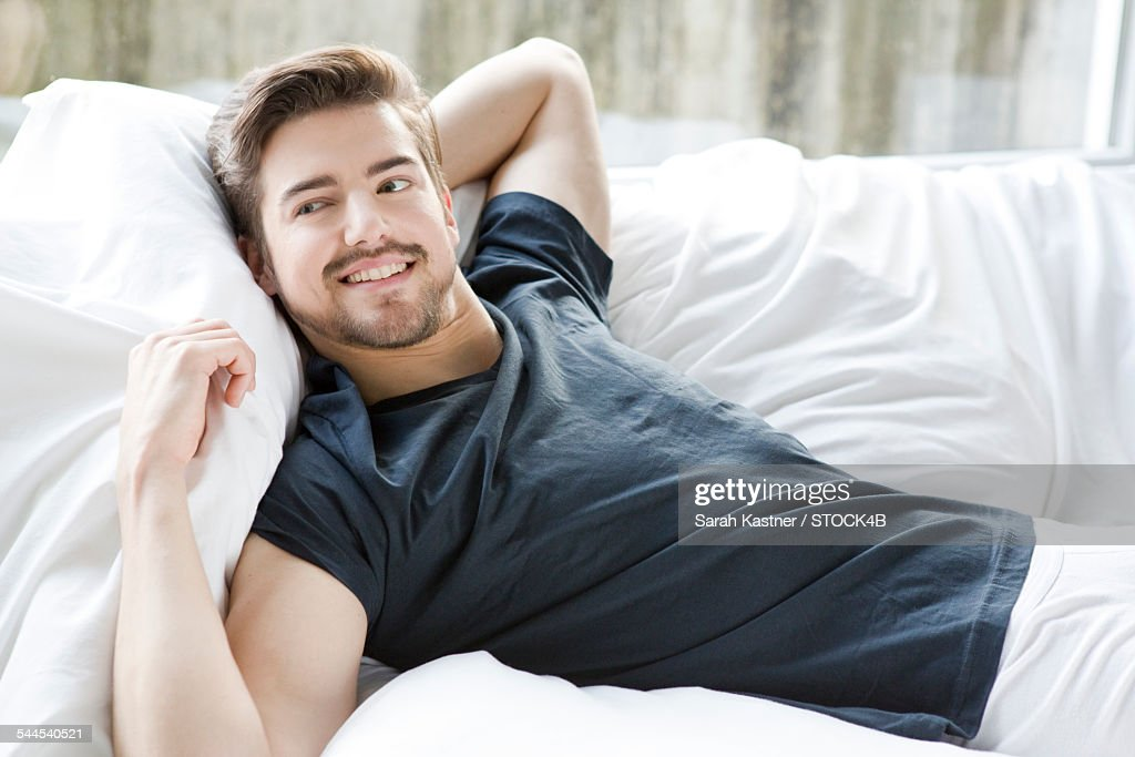 https www gettyimages in photos man arm pillow page 5