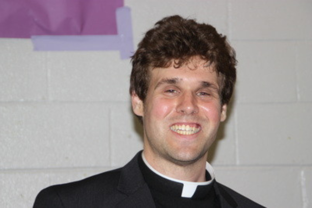 Lord Have Mercy: Priest arrested for having threesome on altar