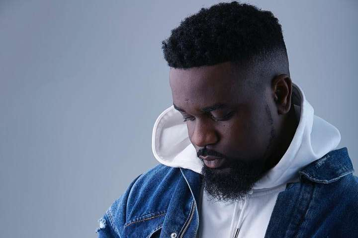 We Should Collectively Help Govt Fix the Country- Sarkodie