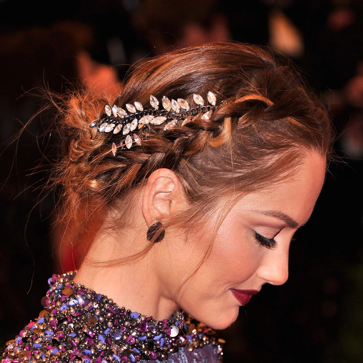 The 5 Most Awesome Hair Makeup And Nail Looks Of The