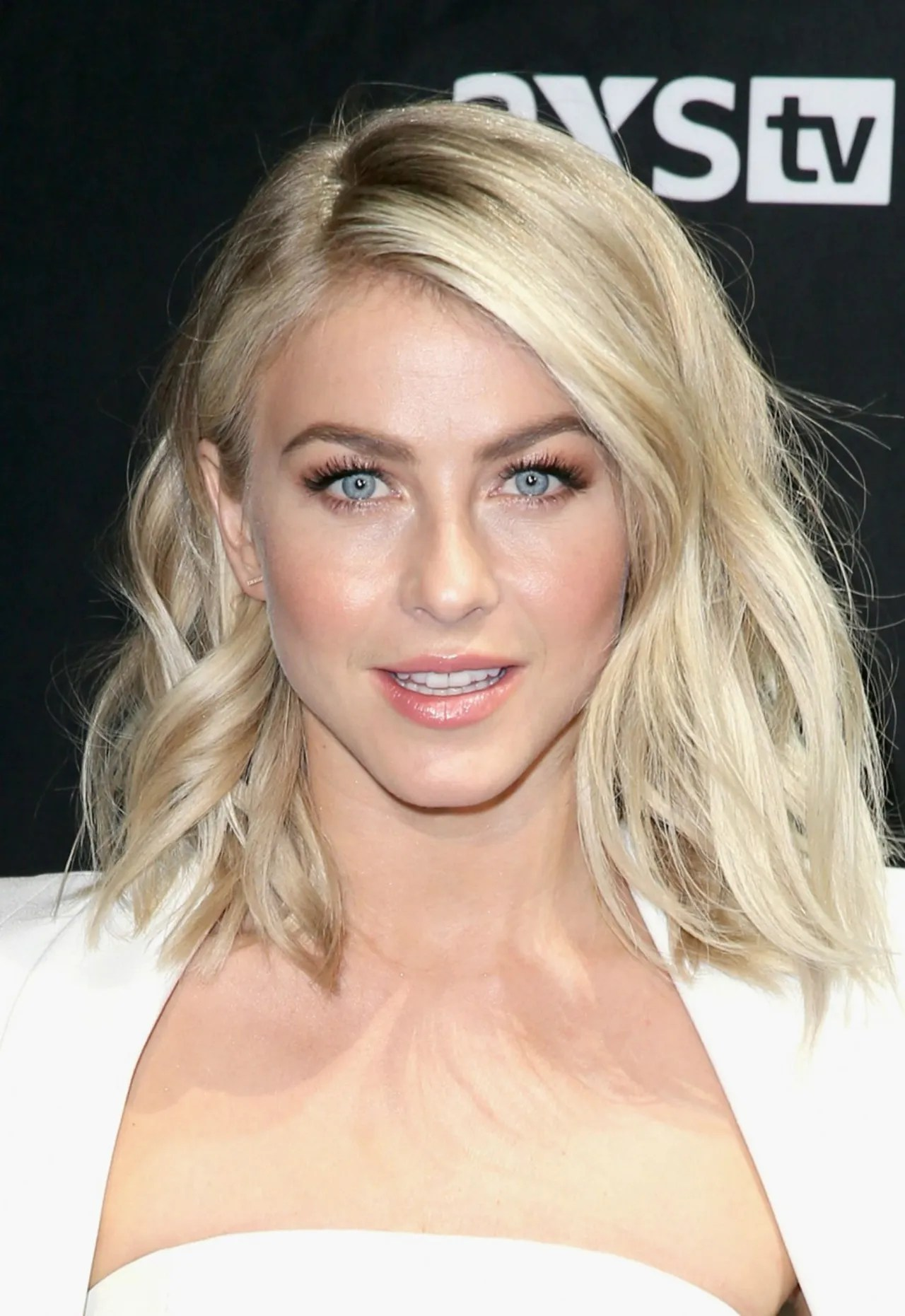 Julianne Hough s New Haircut and Color Are Everything You Need for