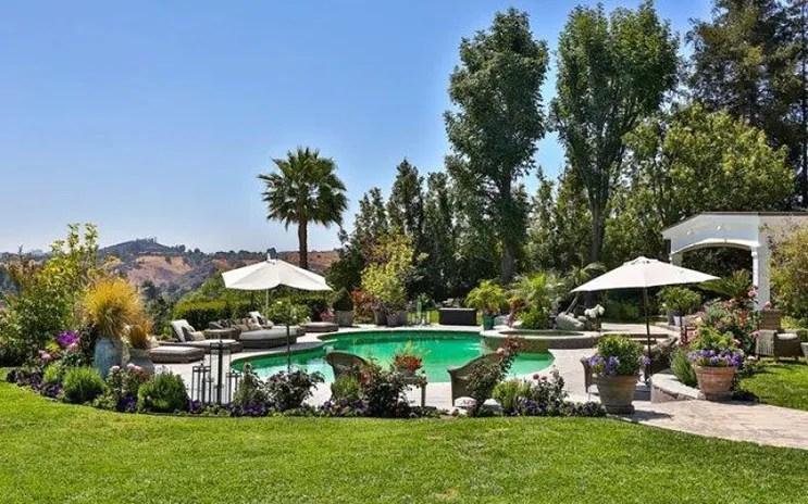 jlo-home-listing-pool.jpg