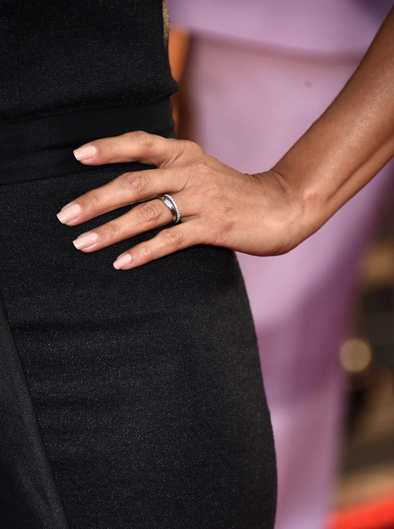 Newlywed Eva Longoria Ditches Her Engagement Ring In Favor