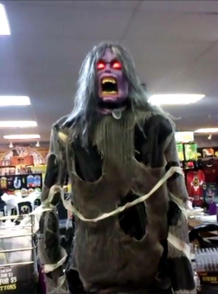 demonica spirit halloween office photo glassdoor