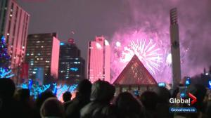 Edmonton to ring in 2018 with 9 p.m. fireworks at Alberta legislature grounds