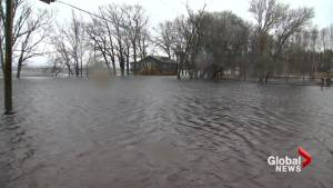 Flood levels continue to rise in parts of New Brunswick