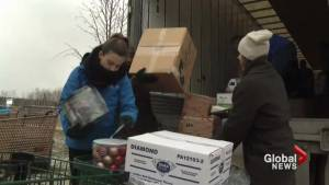 Donations help families celebrate Christmas in Fort McMurray (02:12)