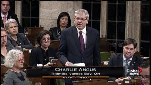 Attawapiskat crisis: NDP MP Charlie Angus tears up reading letter from First Nation youth