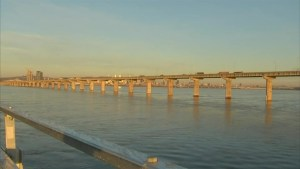 Champlain bridge closed in southbound direction