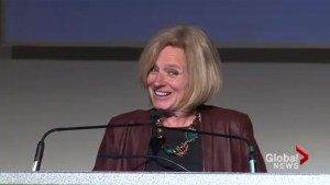 Alberta Premier Rachel Notley jokes about making Americans 'drink their own beer'