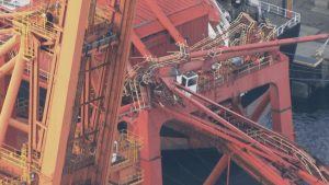 Crane collapses onto container ship in Vancouver