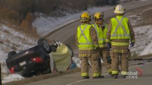 1 dead, 3 in hospital after collision north of Cochrane