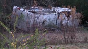 Police on scene in Arkansas after bus crash leaves 1 child dead, more than 40 injured