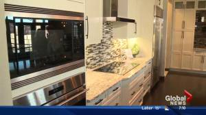 Lorraine on Location: Full House Lottery Showhome Kitchen tour (Part 1 of 4) (02:59)