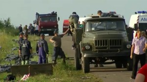 Ukraine rebels remove bodies from Malaysia plane crash site