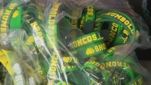 Wristband fundraiser raises more than $27,000 for Humboldt Broncos families