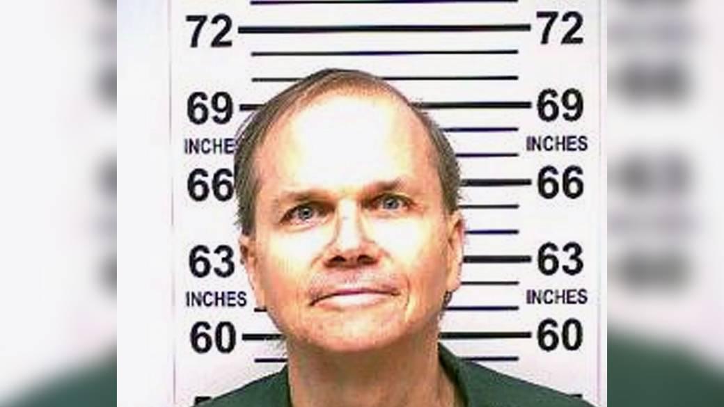 Click to play video 'John Lennon's killer Mark David Chapman denied parole'
