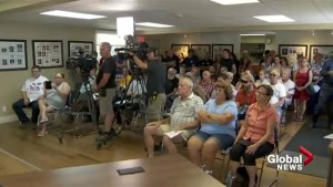 Flood Victims meet in Pointe-Calumet