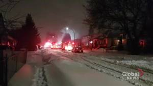 Winnipeg Fire Paramedic Service battles early morning blaze on Bowman Ave.