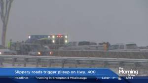 Slippery roads trigger pileup on Hwy. 400 (00:37)