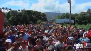 Thousands cross into Columbia after Venezuela's Nicolas Maduro reopens border (00:51)