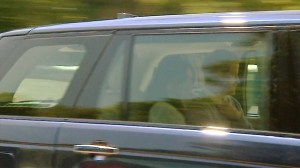 Royal standard flies over Windsor Castle as Harry and Meghan arrive for wedding