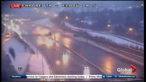 Spring snowfall slows commute for Calgary drivers