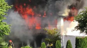 Fire destroys East Vancouver home