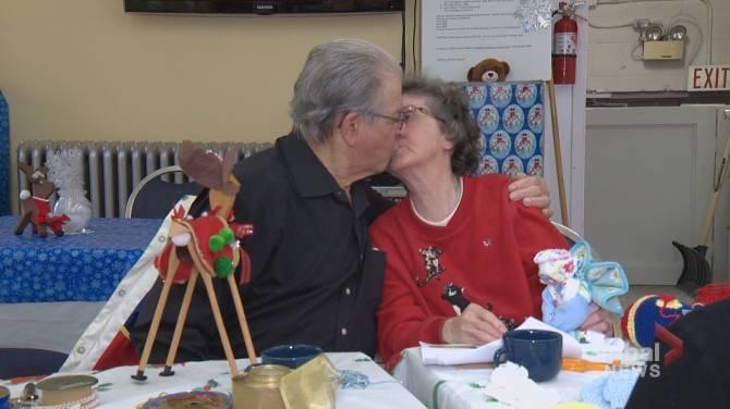 Dishcloth Angels Calgary Seniors Celebrate Lasting Love At Christmas Craft Market Calgary Globalnews Ca