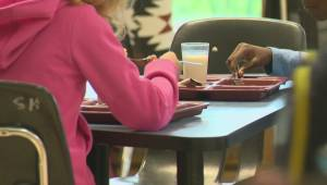 Richmond mother launches petition to expand lunch periods at child's school
