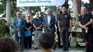 Moment of silence held at Toronto vigil for Danforth shooting victims