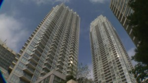 Residents of Yonge, Eglinton condo face third day with no power