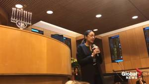 Ocasio-Cortez discusses her Jewish roots, sings in Ladino at New York event