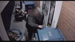 Saint-Lazare thrift store seeks out midnight robbers