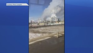 Smoke billows from Syncrude plant in northern Alberta