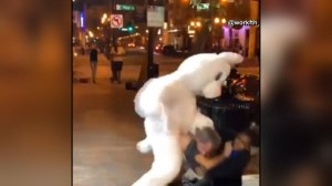 Police officer breaks up fight involving 'Easter Bunny' in Florida