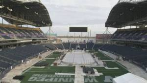 Timelapse: Transforming IGF into the home of the Heritage Classic (00:28)