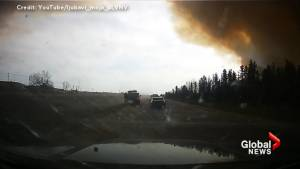 Intense video shows Beacon Hill resident fleeing as Fort McMurray wildfire rages – Part 5
