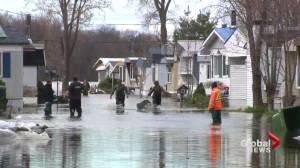 Quebec floods: Île-Bizard residents start to take stock of damage
