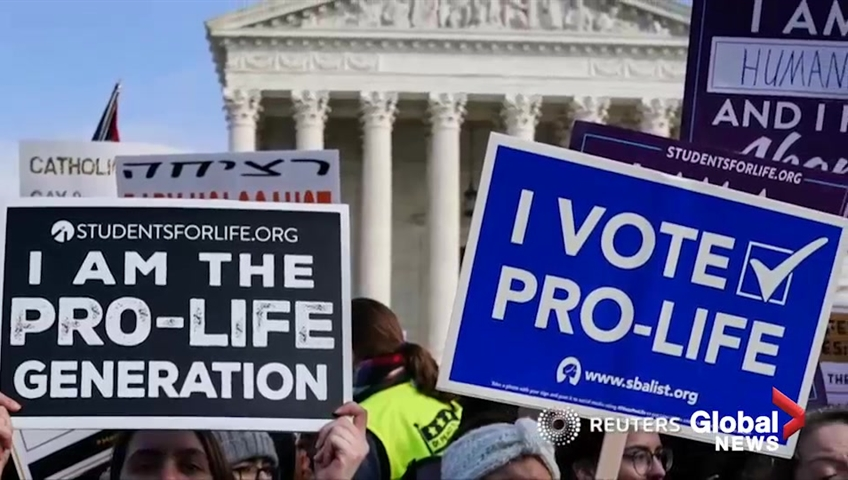 Abortion case shows Roberts firmly at Supreme Court's center