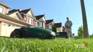 Technology takes lawn care businesses to a new level (01:54)