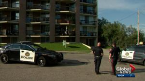 Calgary police officers expressing concern for safety over one-person patrols