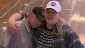 'Four years in the making': Winnipegger meets Washington man who saved his life (01:51)