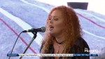 Karen Lee Batten performs Sweet Home Alabama