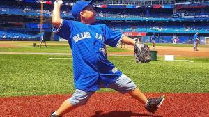 'Unstoppable Kid' from Saskatchewan First Nation throws first pitch at Blue Jays game (02:06)