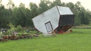 Kingstonians deal with aftermath of wind storm