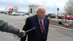 Mike Duffy returns to Parliament Hill