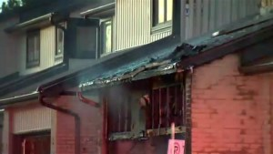 2 dead in Mississauga townhouse fire