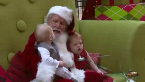 Calgary mall hosts sensory-friendly Santa photo shoot