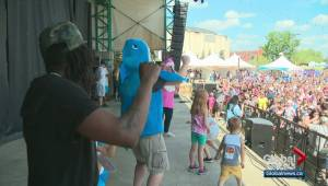 Edmontonians attempt to set Baby Shark Dance record at K-Days